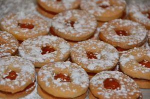 Popular Holiday Bulgarian Rosebud Jam Filled Butter Cookies – Maslenki