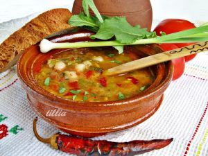 Traditional Bulgarian Bean Soup Recipe